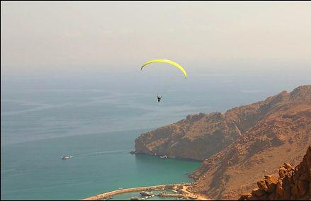 Paragliding six senses resort Oman