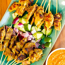 Beef-and-Chicken-Satay-with-peanut-sauce
