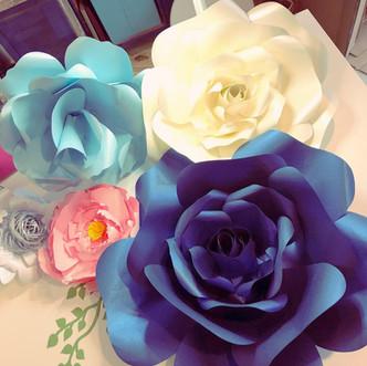 Big Bloom Paper Roses