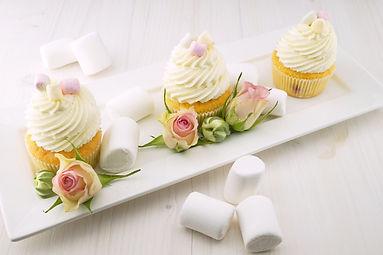 cupcakes-1850628_1920.jpg