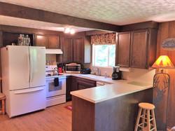 A Cozy River House - Cozy 1 Kitchen