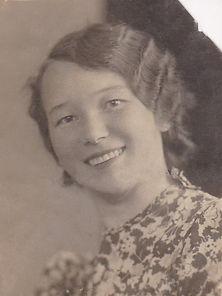 Лидия Пищикова. г.Ленинград, Фото 1940г.