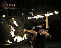 taniec fireshow z ogniem.jpg