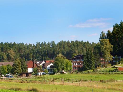 """Waldhotel """"Bächlein"""" (Mitwitz) – die ruhige, idyllische Oase im Naturparadies Oberfrankens"""