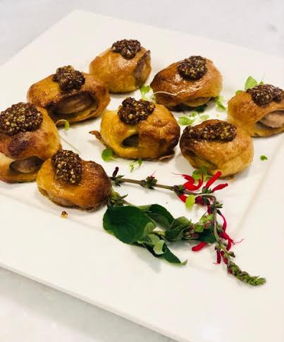 Pretzel Bites | Bratwurst, Mustard