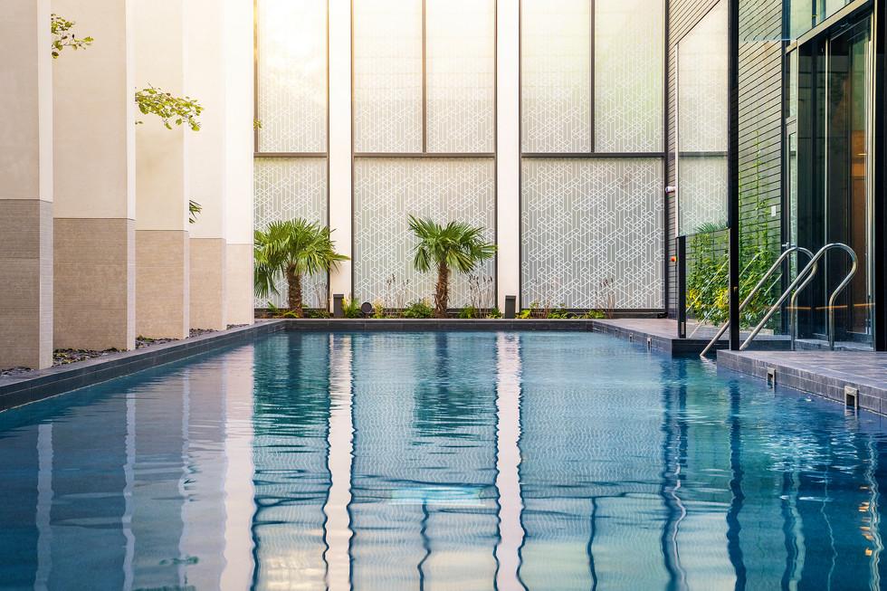 swimming pool photographer