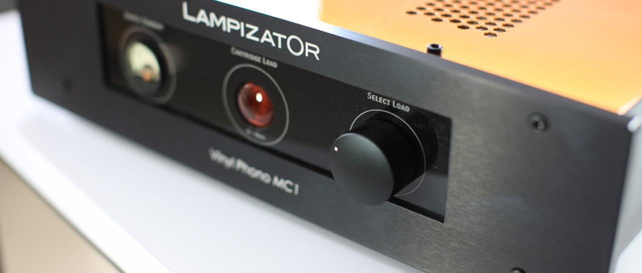 Phono Vinyl MC1 Black - 2.jpg