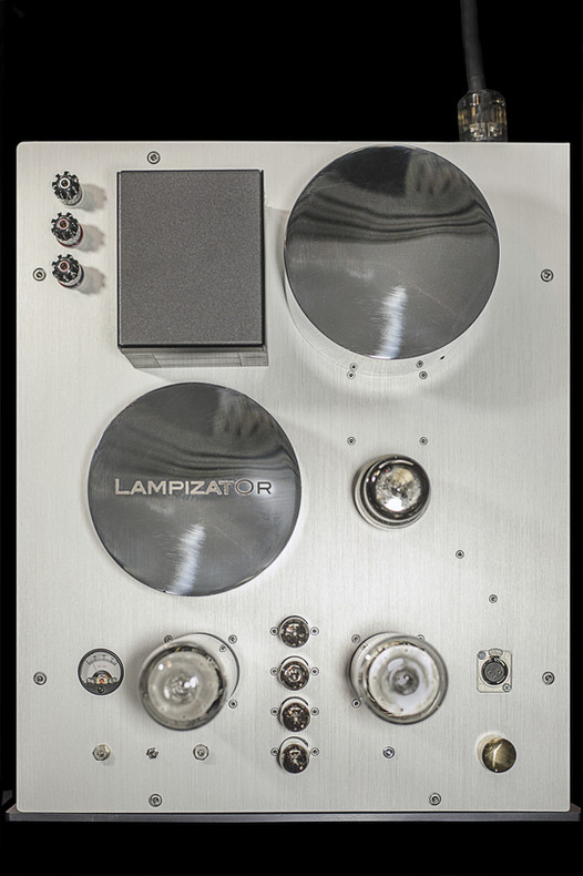 221BAL MONO AMPLIFIER TOP VIEW