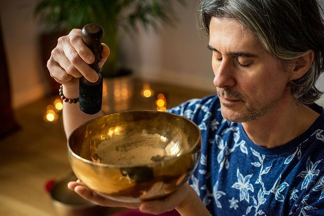 Misy tybetańskie | terapia dźwiękiem | relaks | Warszawa | Przewodnik Spokoju | koncert | ceremonia | masaż