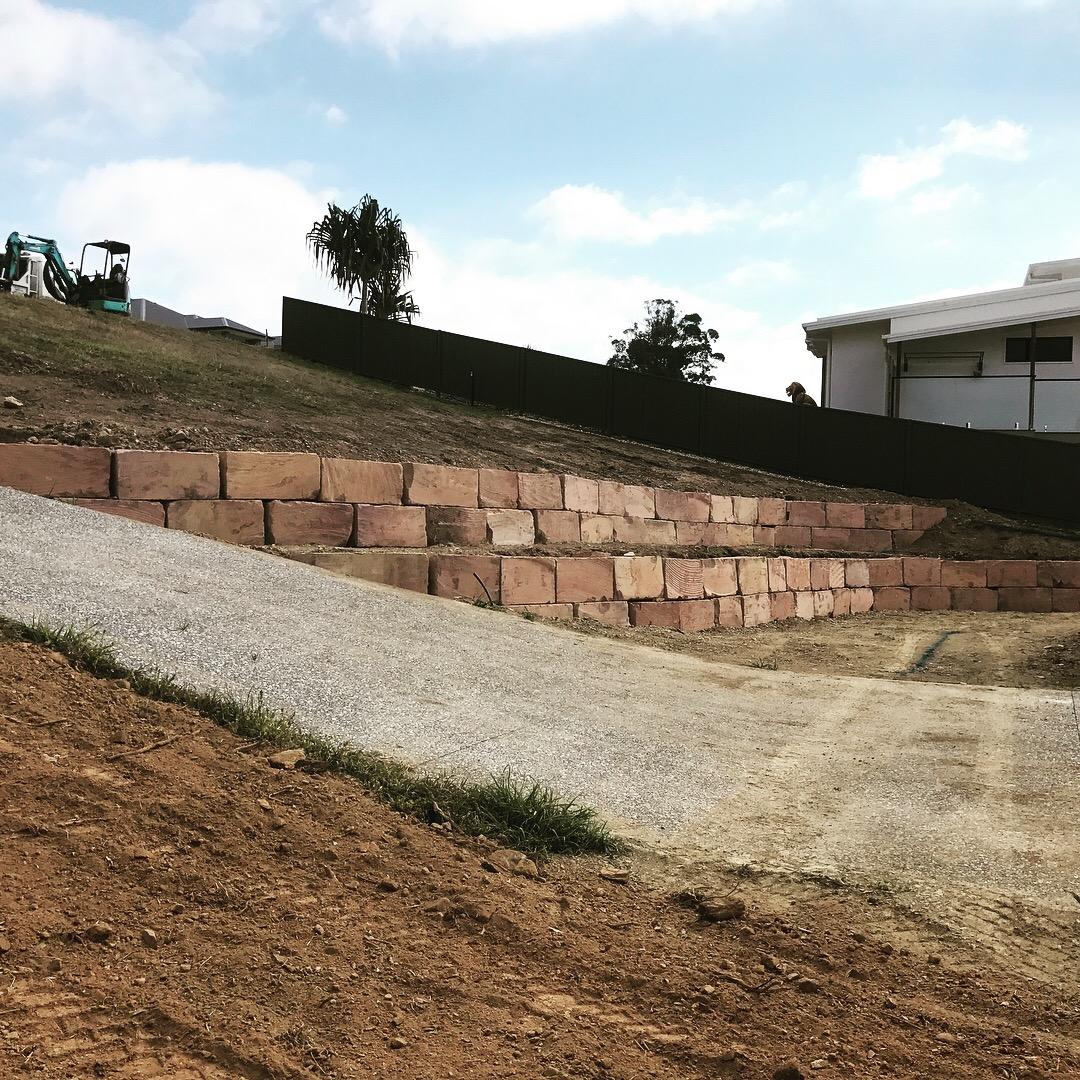 Sandstone Wall Build