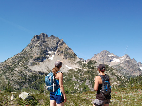 SheHikes Takes on Heather-Maple Pass Loop in Central WA – Recap