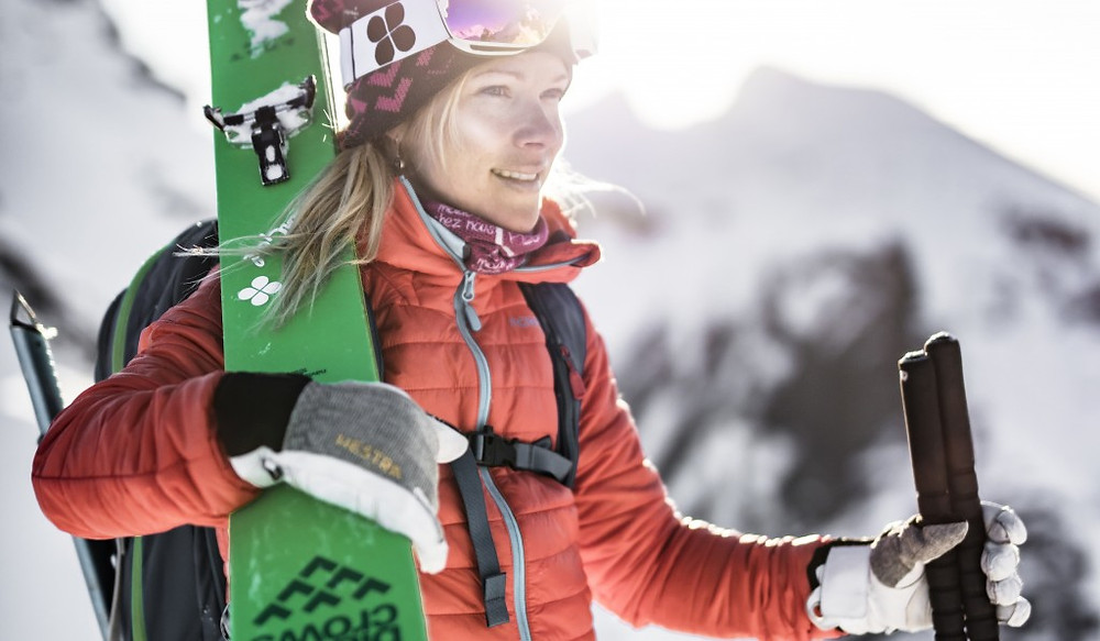 backcountry-woman-hestra-gloves