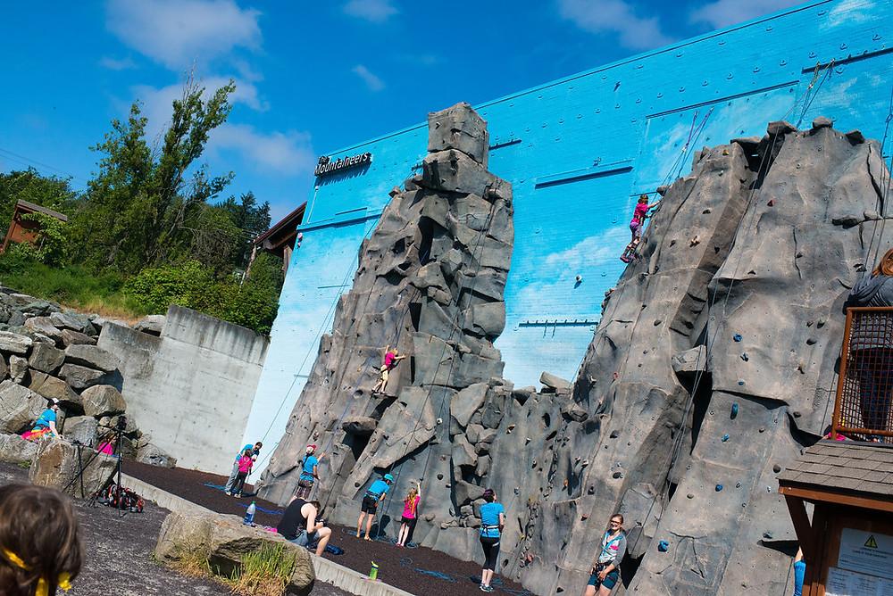 WildSkills_RockClimbing_climbing 3