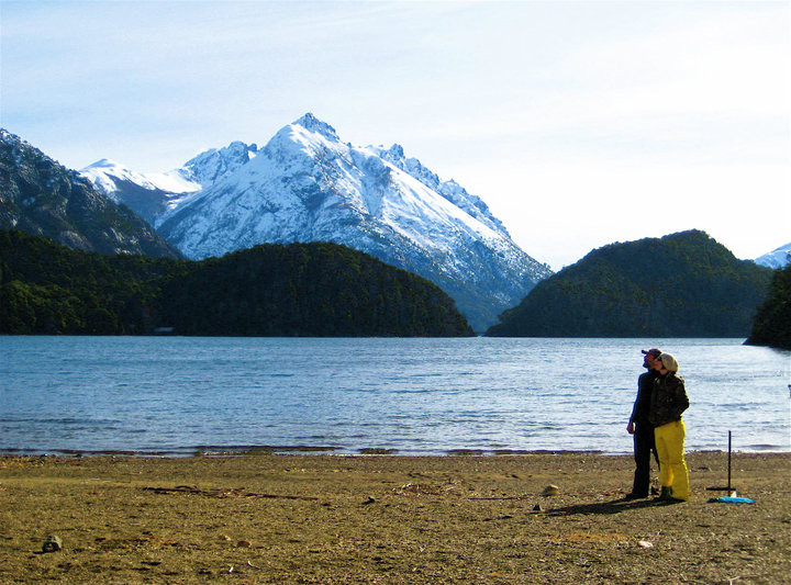chris-and-i-at-the-lake-outside-is-hobit-housecabin-in-argentina