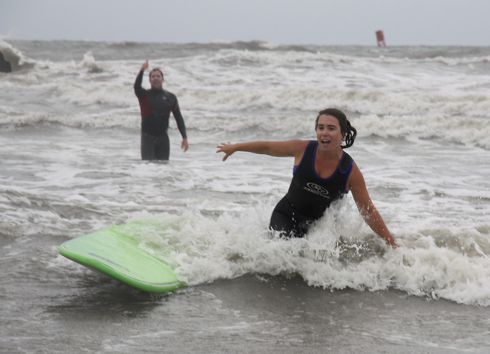SheJumps into Surfing