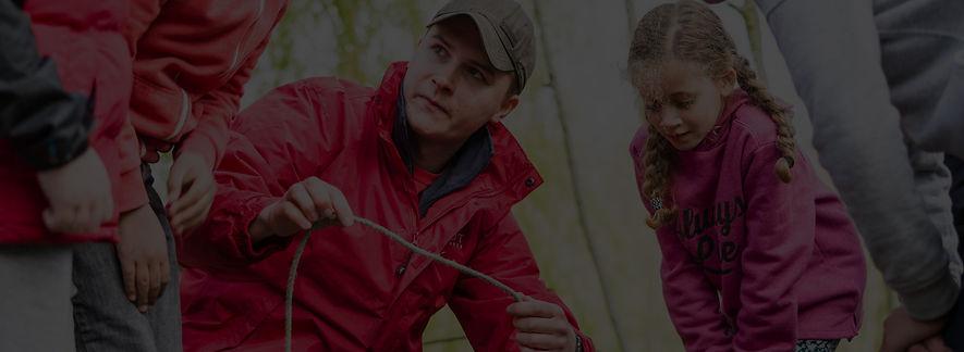 adult-leader-teaching-rope-skills-jpg_ed