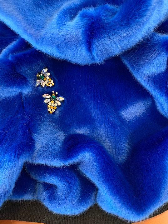 pelliccia blu.jpg