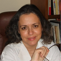 Profa. Dra. Teresa Magalhães
