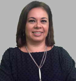 Profa. Dra. Vivian Lago