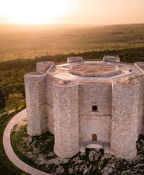 aerial-view-sunrise-castel-del-monte-alt