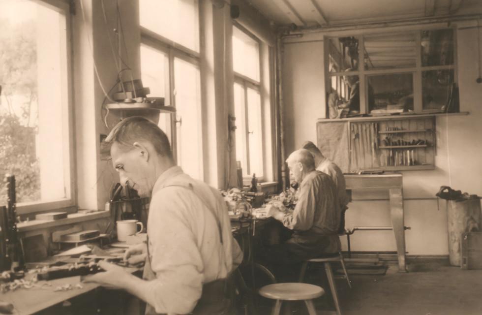 Ansetzerei der Firma F. Arthur Uebel, Markneukirchen, undatiert