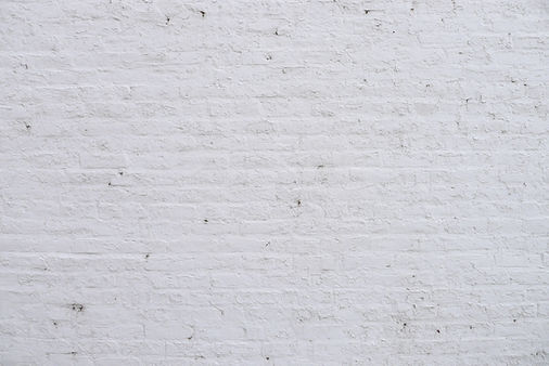 wall-brick-copy-space-white-rustic-crack