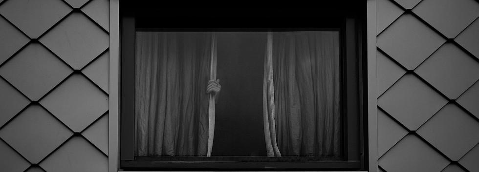 Prompt: Behind the Scenes -by Marieke Zwartscholten