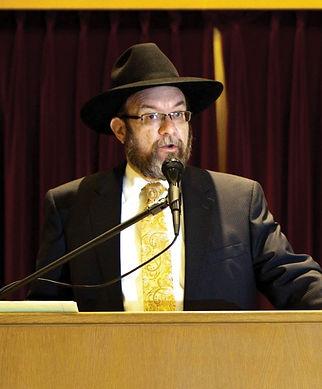 Raabi Menachem Greenblat