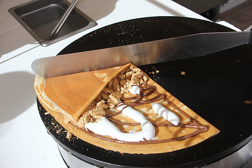 Planet-of-the-Crepes-nutella-Tinton-Fall