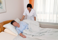 a nurse in aged care for the elderly in
