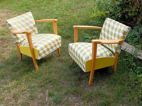 Paire de fauteuils Stella