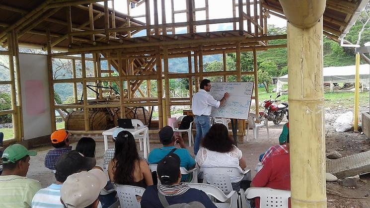 Capacitación CLAC para productores de Cacao