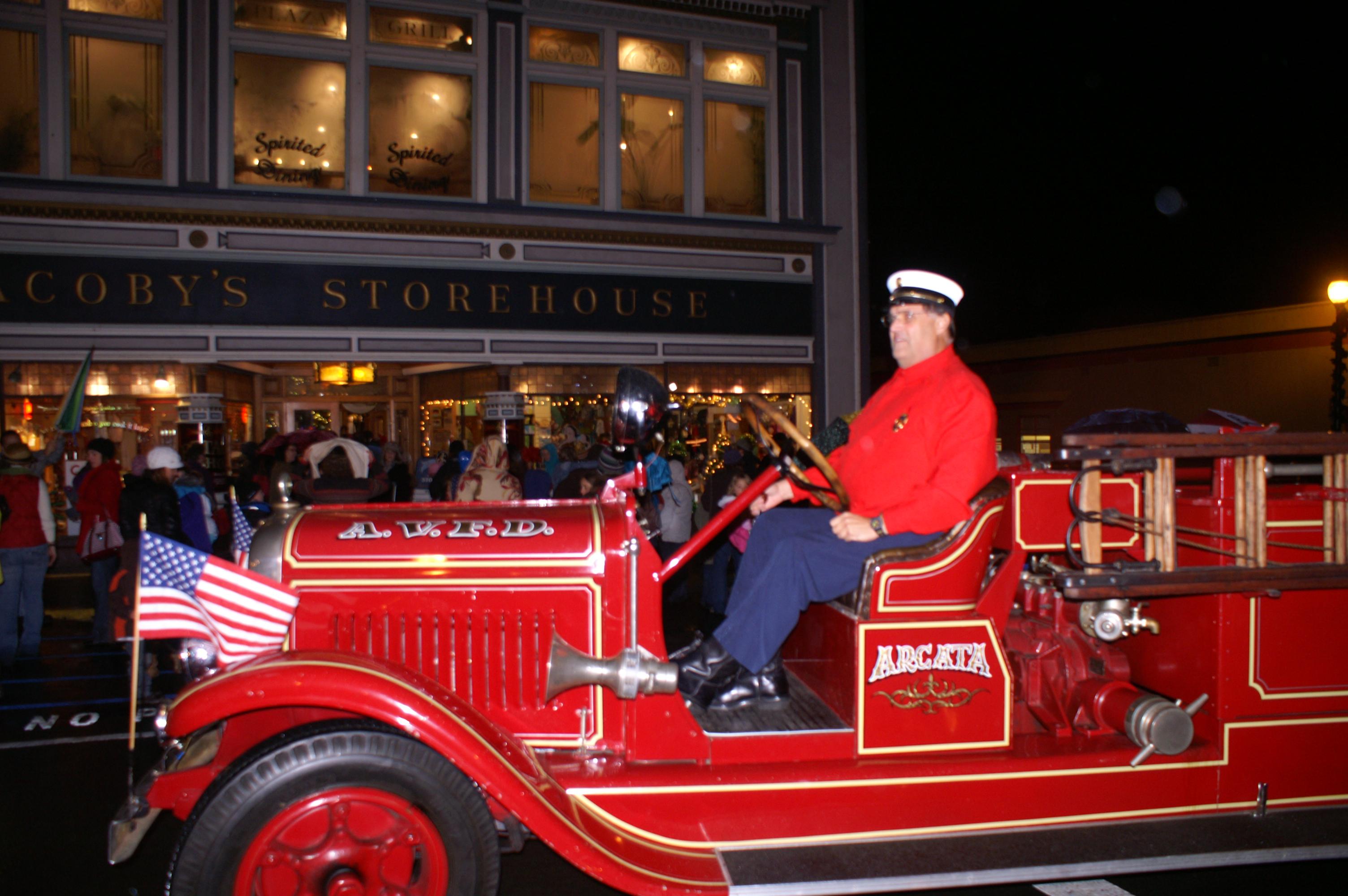 Santa Claus Comes to Arcata!
