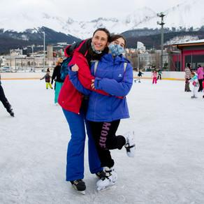 Yamana Bar & Patín ¡Llegó el momento de disfrutar al máximo la temporada en la pista de hielo!
