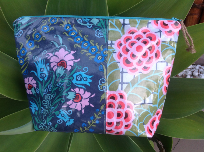 Project Made: How to sew a Laminate Make-Up Bag for RAOK