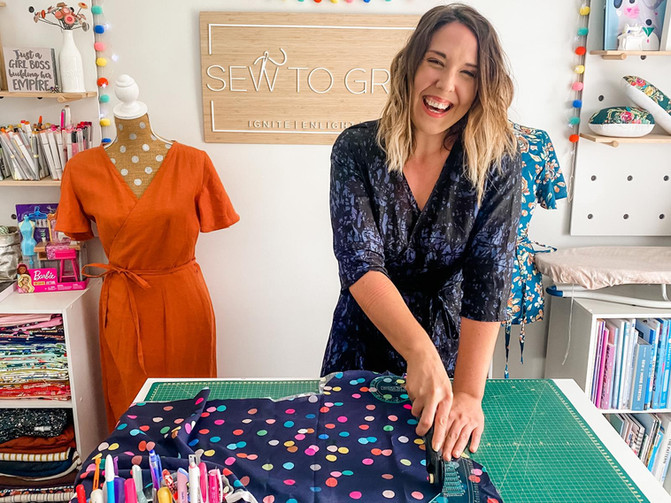 Tuesday Tips with Lindsey Rae - Rotary Cutters and Scissors