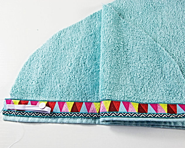 Project Made: Sassy Towel Wrap Tutorial (RAOK for Mom or Sister