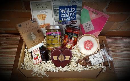 Valentine's box feb 2021.jpg