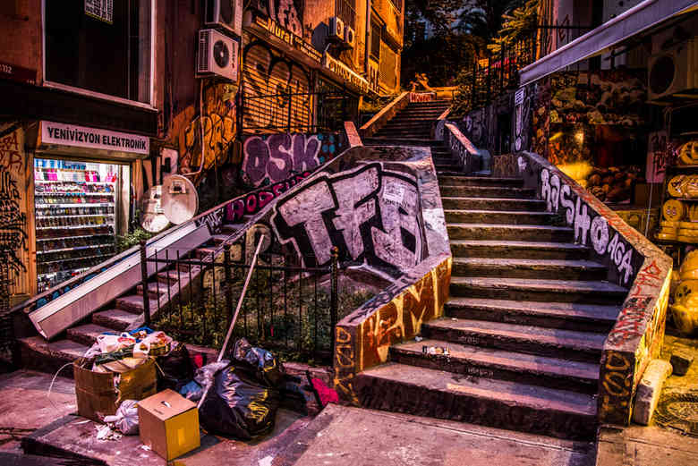 Them stairz-2.jpg