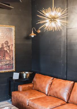 Grooms' Lounge