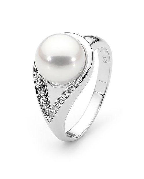 """""""Sweet Thing"""" Freshwater Pearl and Diamond Ring"""