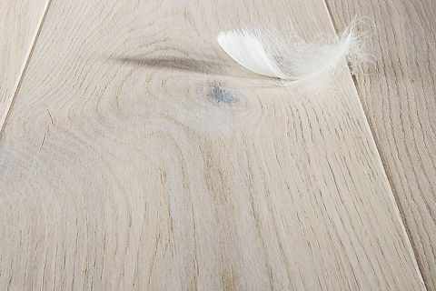 Natural Whitewash Oak Engineered Timber Flooring with White Feather