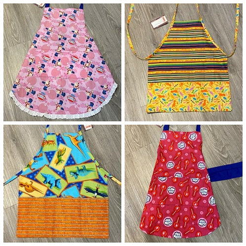 KIDS APRONS by Small Wonders