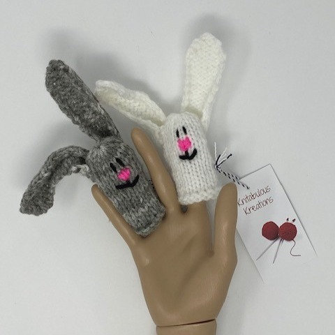 BUNNY FINGER PUPPETS by Knitabulous Creations