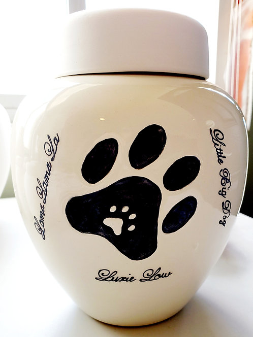 PET URNS by Glazed Elegance