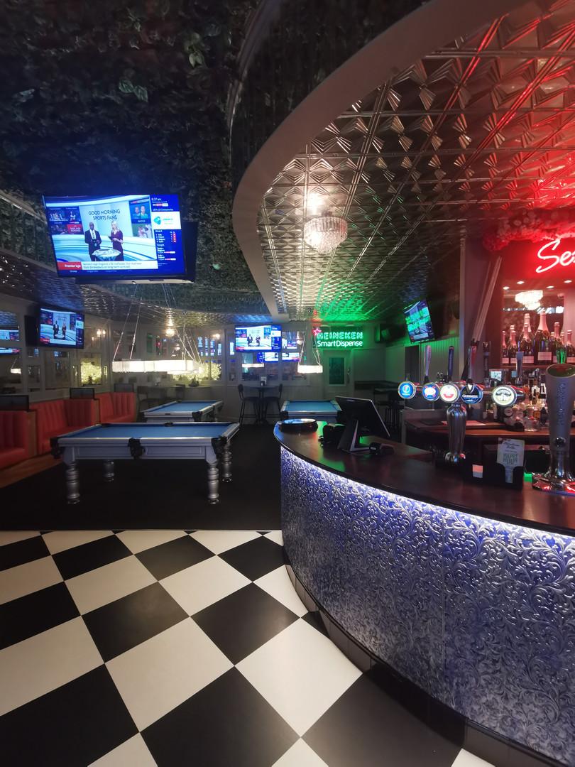 500s side bar pool.jpg