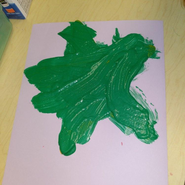 preschooler's starfish craft painted green
