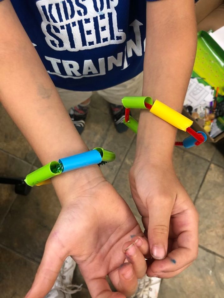 bracelets made from pipe cleaners and straws