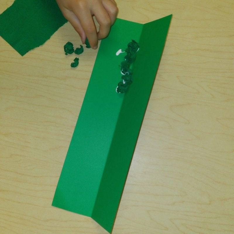 child making peas in pod paper craft