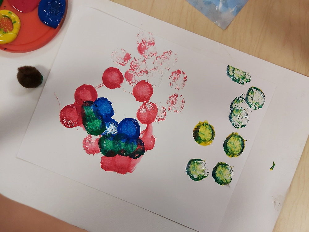 preschooler's dot painting art